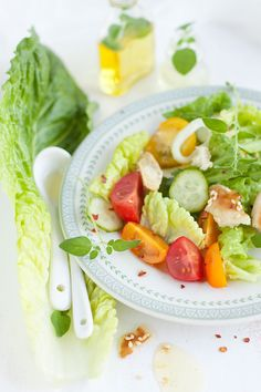 The volumetric eating theory focuses on eating more low-calorie, high-volume foods, so as to reach satiety with a lower calorie intake. Lactose Free Recipes, Diet Recipes, Healthy Recipes, Healthy Foods, Pain Pita, Healthy Eating Habits, Healthy Lunches, Healthy Living, Free Meal Plans