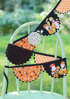 Scallop Fabric Bunting  Trick or Treat  Retro by tadacreations