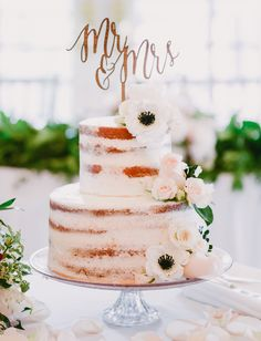 anemone naked cake for this Walt Disney World Wedding