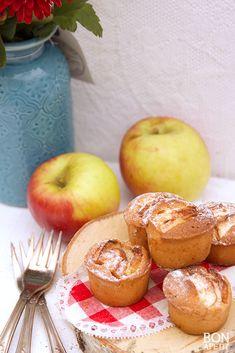 NIks is lekkerder dan versgebakken appelcakejes van oma! Je proeft de herfst door een snufje kaneel. Zelf maken? Lees verder op BonApetit!