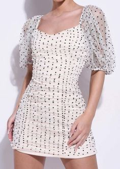 shop our latest short puff sleeve mini bodycon dress with ruched seam detail and organza polka dot finish, and get free delivery for orders over Lulu Fashion, Dots Fashion, Fashion Outfits, Trendy Fashion, Womens Fashion, Polka Dot Mini Dresses, Pink Dress, Dot Dress, Casual