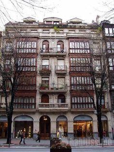 Basque Country, Bizkaia, Bilbao, Gran Vía Building