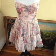 Zara Pink tulle sweetheart neckline dress. Beautiful Zara dress! Wore only once to a wedding. No Trade Zara Dresses
