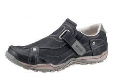 Slipper, Mustang. Lederimitat, Futter: Textil, Decksohle aus Textil, Synthetik-Laufsohle, Schuhweite: normal, Klettverschluss, seitlicher Gummizug für leichten Einstieg....