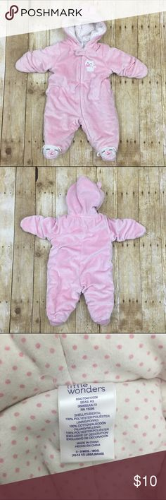 """Cat baby bunting Adorable winter zip up for 0-3 months light wear no stains or tears offers welcome, bundle 2 or more items in my closet using the """"bundle"""" feature and receive 15% off of your total purchase! Jackets & Coats"""