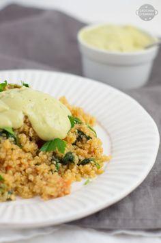 szybkie i zdrowe sniadanie komosa ryzowa z pomidorami i szpinakiem Quinoa, Risotto, Anna, Health Fitness, Ethnic Recipes, Food, Diet, Essen, Meals