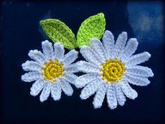Crochet flower applique pattern daisy flower with by CrochAnna