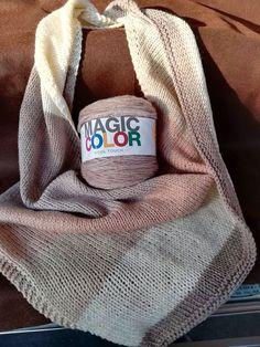 Racchiusa in un unico gomitolo la MAGIA DEI COLORI...lana soffice.... http://ift.tt/2xxIqJd #cuciescuci #cuciescuci