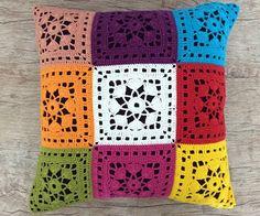 Clique Aqui e Confira. Crochet Baby Dress Pattern, Crochet Diagram, Crochet Motif, Crochet Designs, Knit Crochet, Crochet Patterns, Crochet Cushion Cover, Crochet Cushions, Crochet Cross
