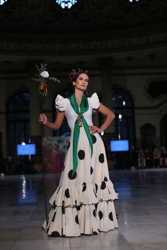 Flamenco Costume, Salsa, Retro Fashion, Womens Fashion, Daily Dress, Traditional Outfits, Dressing, Shirt Dress, Blouse
