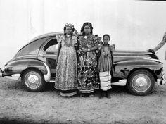 Seydou Keïta   Untitled (1952-1955)   Available for Sale   Artsy