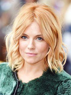 Spätestens wenn It-Girl Sienna Miller sich ihren blonden Schopf rot färbt, ist doch klar, dass die Farbe Trend ist.