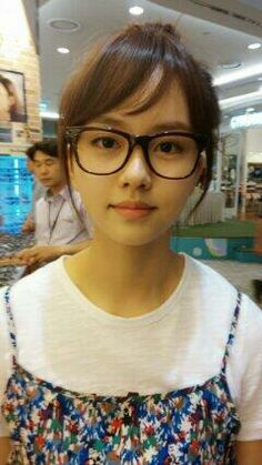 Kim Sohyun. A young korean actress most known on her role as a child Lee So yeon in I Miss You drama.