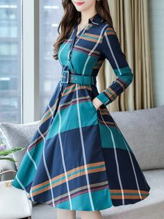 Fold-Over Collar Patch Pocket Plaid Skater Dress Long Gown Dress, Frock Dress, Frock Fashion, Fashion Dresses, Vestidos Vintage, Vintage Dresses, Casual Frocks, Sleeves Designs For Dresses, Black Dress Outfits