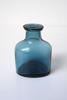 Dark Blue Oval Inkpot Vase, Miniature floral vase – Stuff Of Dreams