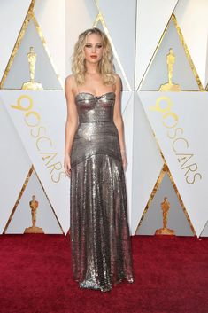 Hollywood is in the throes of a cultural sea change amid #MeToo and #TimesUp. So what did change look like on the Oscars red carpet? Find out here.