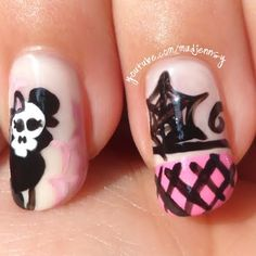 This Monster High Nail Art by Madjennsy is cute and tough. Click the pic for the easy video tutorial. #beauty #nailart #nailpolish #monsterhigh #pinkandblack #skull