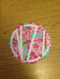 The Pursuit of Preppiness: Preppy Craft: DIY Lilly Monograms