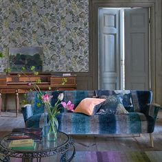 We can rely on our 'Santafiora' velvet for luxury - stunning striped tonal shades in a rich and luxurious texture #designersguild #velvet #interiordesign #interior #inspiration #interiordecor #interiorspace #upholstery #upholsteryfabric #upholsteredfurniture #fabric #fabriclove #decor #decorationideas #decoratingideas #home #homedecor #homeinspo #homeideas #homeinspiration #homestyling    #Regram via @designersguild
