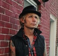 Catch an interview with Mike Dirnt tonight on radio