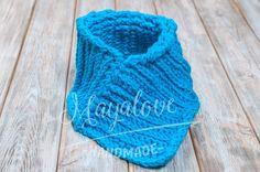Blue neck warmer  made on crochet