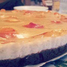 Cheesecake alla gelatina di albicocche