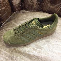 adidas originals gazelle trainers in green bb5265