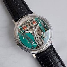BULOVA ACCUTRON SPACEVIEW Gents Vintage Tuning Fork Watch 1969 - Technically a precursor of quartz