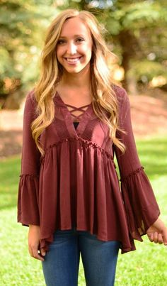 summer outfits Burgundy Top Skinny Jeans