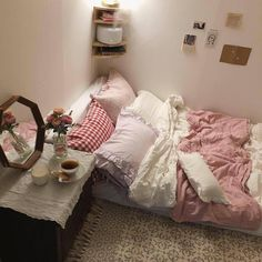 Room Goals - Bright Idea - Home, Room, Furniture and Garden Design Ideas Room Ideas Bedroom, Small Room Bedroom, Bedroom Decor, Dorm Room, Cute Room Ideas, Cute Room Decor, Dream Rooms, Dream Bedroom, My New Room