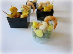 DOLCEmente SALATO: Mini spiedi di gamberi al curry e insalata di ananas