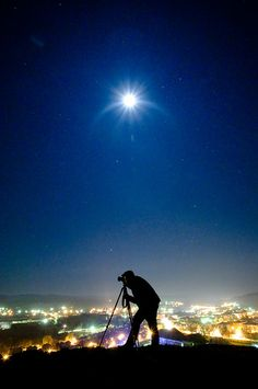 'Under the Moon' - photo by Sergiu Bacioiu, via Flickr;  Blaj, Romania