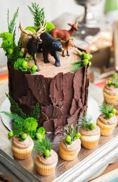 53 Ideas Tree Bark Cake Desserts For 2019 Hunting Birthday Cakes, Custom Birthday Cakes, Custom Cakes, Men Birthday Cakes, Moose Cake, Fox Cake, Deer Cakes, Chocolate Tree, Woodland Cake