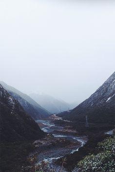 A u g u s t | j o h n b o z i n o v  Amazing. #mountain #mist #valley