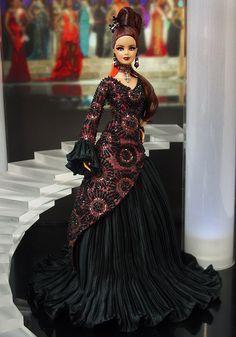 Miss Romania 2013/2014 NiniMomo OOAK Barbie