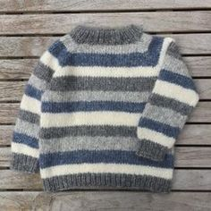 Image of Brormand Sweater Str. 1 til 10 År Boys Knitting Patterns Free, Baby Sweater Patterns, Baby Cardigan Knitting Pattern, Baby Hats Knitting, Knitting For Kids, Baby Boy Sweater, Knit Baby Sweaters, Boys Sweaters, Mens Winter Sweaters