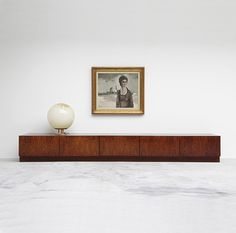 Minimal / Danish Modern Credenza for the tv! Modern House Design, Modern Interior Design, Interior Architecture, Interior And Exterior, Home Design, Floor Design, Design Design, Design Ideas, Vintage Furniture