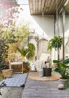 Home inspo outdoor space дом мечты, дизайн дома, веранда. Outdoor Retreat, Outdoor Spaces, Outdoor Living, Outdoor Decor, Aesthetic Space, Design Exterior, Garden Design, House Design, Rooftop Garden