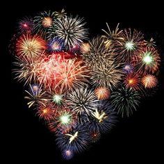 Resultado de imagem para feu d artifice coeur Heart In Nature, Heart Art, I Love Heart, Happy Heart, Fire Works, Bonfire Night, Fourth Of July, July 7, Independence Day