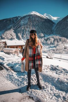 City to Snow: 11 Outfits, die ich in der Schweiz getragen habe – Lion in the Wild – Winter outfits Winter Outfits For Teen Girls, Winter Mode Outfits, Cold Weather Outfits, Winter Outfits Women, Winter Fashion Outfits, Autumn Winter Fashion, Outfits For The Snow, Winter Snow Outfits, Trendy Fashion