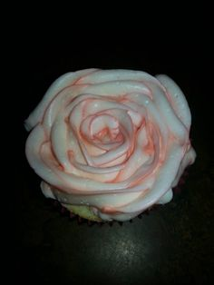Mother's Day Rose cupcakes Vanilla cupcake buttercream frosting