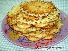 Βάφλες με φέτα #sintagespareas #vaflesmefeta Feta, Breakfast Time, Apple Pie, Brunch, Cookies, Desserts, Recipes, Crack Crackers, Tailgate Desserts