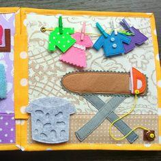 ✨Новая книжечка с очаровательным солнышкомна титульном листе и опять отправляется в г. Харьков ❕Есть две новых странички, очень интересные.. ~~ Приятного просмотра~~ ________________________________________ #book_Mile#quiet_book#book#by_beby#softbook#buzybook#развиваемсяиграя#развивающие_игрушки#развивающиекнижки#развивающиеигрушки#развивающиеигры#вработе#в_работе#спешите#сделанослюбовью#непропустите#подпишисьнаменя#подарокнадр#незаменимаеигрушка#мелкаямоторикарук...