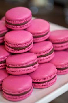 #dawninvitescontest #pink macarons