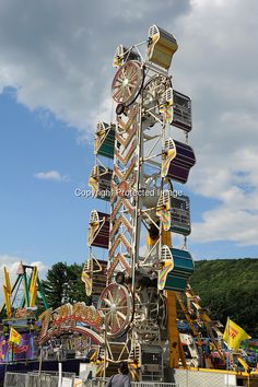 The Zipper ride on the midway at Cheshire Fair in Swanzey, New ...