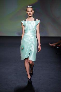 Marine Deleeuw, défilé Dior, haute couture automne-hiver 2013-2014, Paris - 9