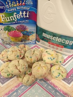 Funfetti protein cookies made with cake batter muscleegg!