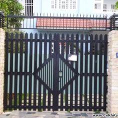 Mẫu cửa cổng + hàng rào sắt + mái ngói CK52