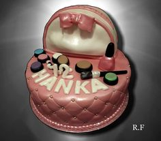 Vase, Birthday Cake, Desserts, Food, Tailgate Desserts, Deserts, Birthday Cakes, Essen, Postres