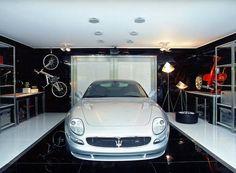 A Modern Live-In Garage by Brunete Fraccaroli (8)